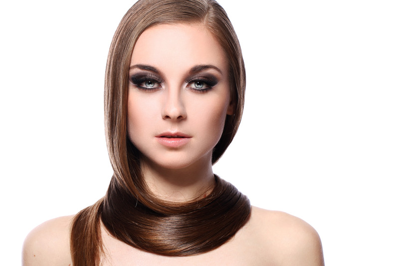 How to intensify hair shine? Basic care and DIY ideas