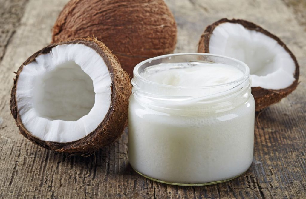 What Is Coconut Oil & What Cosmetic Uses Does It Have?
