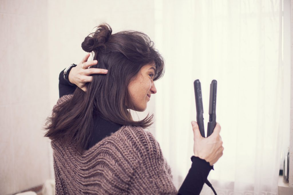 How NOT to Straighten Hair? Top Mistakes that Ruin Your Hairdo