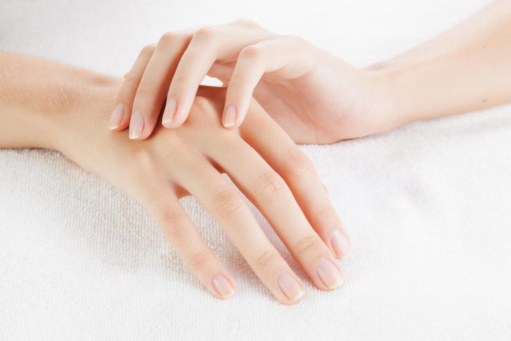 How to keep nails healthy and lovely?